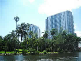 Great Deal! Condo for sale at Terrazas Riverpark Village - South River Drive - Miami - $360,859
