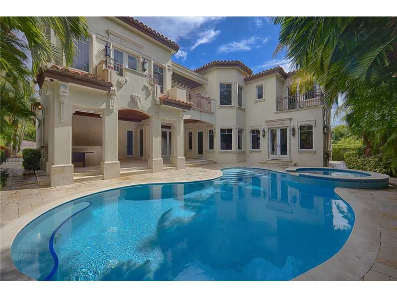Luxury home for sale in bal harbour miami beach 5 518 000 for Luxury houses in miami for sale