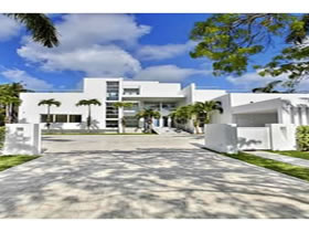 Contemporary Waterfront Key Biscayne Estate with Private Sandy Beach - Key Biscayne - $29,700,000